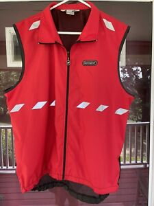*SUGOI* Red Cycling 🚴 Vest Pockets Zippered Reflective Mesh Vent ~Must See!