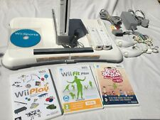 NINTENDO WII (WHITE) CONSOLE + BALANCE BOARD + FIT / SPORTS GAMES + FREE POST