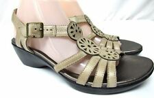Clarks Bendables size 10 M ankle strap medium heel leather sandals