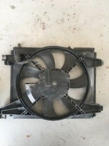 2003-2008 Hyundai Tiburon 2.7 GT Radiator Cooling Fan Right OEM