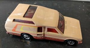 1980 Hot Wheels TAN/BROWN Minitrek Toyota Truck Good Time Camper Malaysia NICE!