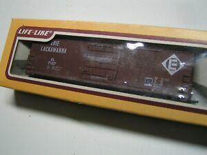 Life-Like HO  50' Box Car, Erie Lackawanna  RR. , # 8533