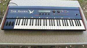 Quasimidi the raven synthesizer