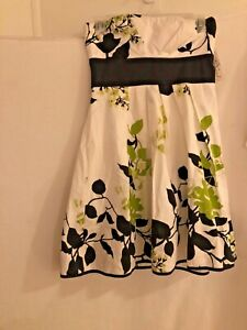 speechless size 5 juniors strapless a line dress white Floral