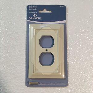 Two (2) Brainerd Architectural Single Duplex Light Almond Wall Plates ~ 3975038