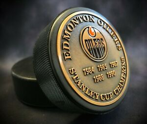 Edmonton Oilers 3D Textured Gold Plated Stanley Cup Medallion Hockey Puck