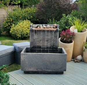X DISPALY ROCHESTER BLADE STONE GARDEN WATER FOUNTAIN FEATURE REDUCED