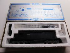 HO Scale - GSB - Undecorated SD40-2 Powered Diesel Locomotive Train