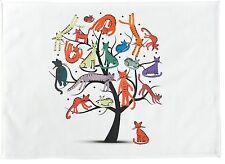 El árbol de Gatos-Grande de algodón toalla de té por la mitad de un burro
