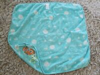 Adorable Original Disney Baby Finding Nemo Infant Baby Hooded Bath Towel