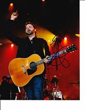 RANDY HOUSER SIGNED ON STAGE WITH GUITAR 8X10