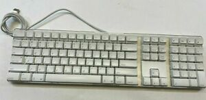 Genuine Apple Mac A1048 White Wired Full Size Keyboard English with 2 USB port
