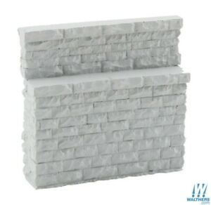 Walthers 933-4585 Single-Track Bridge Stone Abutment - Low HO Scale Train