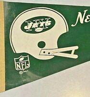 New York Jets Vintage 1967 NFL Football Felt Pennant Helmet Full Size