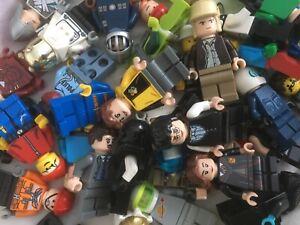 LEGO MINIFIGURE BUNDLE !!  10 random figures / people / minfigs