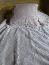 pour lit une place ,jolie housse  couette +2taies façon dentelle ,madin franc e