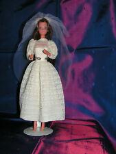 BARBIE vintage  vetements n° 9907 beautifull bride 1976