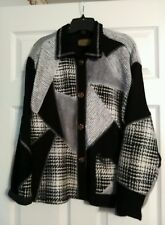 A Spence Collections Textured Black/Ivory Button Down Jacket. M. Wool/Rayon