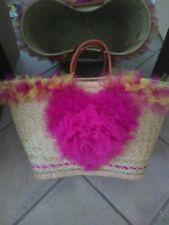 Panier de plage en paille et tulle. Shabby chic beach bag.