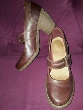 """CLARKS ARTISAN LEATHER CHESTNUT BROWN MARY JANE SHOES 3"""" HEEL SIZE 5.5 EU 39"""