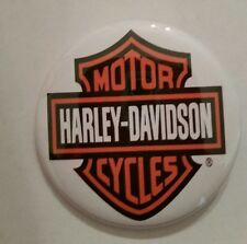 HARLEY DAVIDSON MOTORCYLCLES- COLLECTORS BUTTON