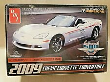 Amt Round 2 1/25 2009 Chevy Corvette Convertible Indy Parade Car Model Kit 814