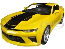 2016 CHEVROLET CAMARO SS YELLOW 1:18 DIECAST MODEL CAR BY MAISTO 31689