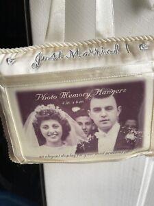 Photo Memory Hangers An Elegant Display, Just Married - New