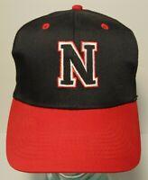 2005 NEBRASKA HUSKERS CORNHUSKERS CORN SCHOOL BLACK & RED FARM Snapback Hat Cap