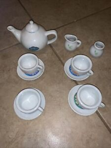Disney Fairies Tinker Bell & Friends 12 pc. Child Porcelain tea set VG condition