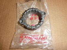 Échappement support; exhaust pipe HOLDER; 18069-024 Kawasaki 500 h1 Mach 3 (u360)