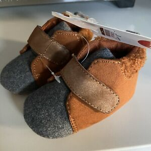 CAT & JACK BROWN BABY BOY SHOES BOOTIES SIZE 3-6 M