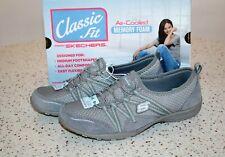 Skechers Gray Slip-on Easy Movin' Memory Foam Shoes Classic Size 9