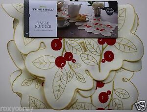 Christmas Threshold Berry Cream Gold Red Cutwork Table Runner 14x40 in NWT