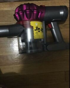Dyson V7 Motorhead Cordless Vaccum -  Main Body (Handheld ) And Charger Only