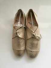 cd6b8fc54a16c8 Ted Baker Kape Women US 8.5 UK 6.5 EUR 39.5 Gold Oxford NEW In The Box