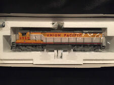 Broadway Limited GE C30-7 4 Window UNION PACIFIC Road #2960 Item #477
