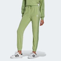 adidas Originals Womens LOUNGEWEAR A cosy slim-fit jogger for everyday wear