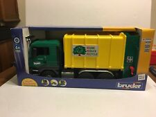 NEW BRUDER RECYCLING GARBAGE TRUCK  MULTI FUNCTIONAL 1:16 MADE IN GERMANY