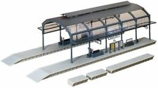 Edificios, túneles y puentes de escala H0 para modelismo ferroviario