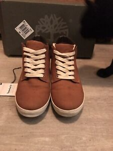 Womens Leather Tan Timberland Boots size 8 (boxed)