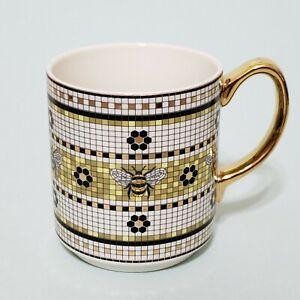 Anthropologie Garden Tile Bee Mug Coffee