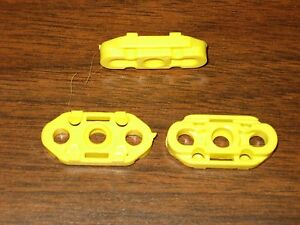 1991-1996 BUICK ROADMASTER - WINDOW REGULATOR GUIDE Clips (3),  2 side, 1 center