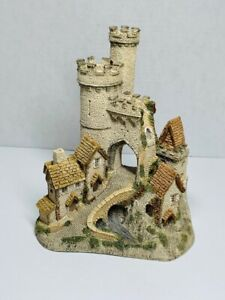 The Castle Gate by David Winter Hand Painted made in UK
