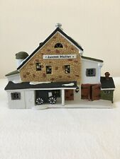 Dept 56 New England Village - Jannes Mullet Amish Barn #56.59447