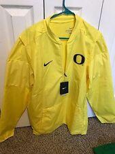 NWT New Oregon Ducks Nike Quarter Zip Lockdown Yellow Jacket Size Medium