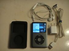 Apple iPod Classic 7th Gen 160Gb Music Player New Battery 645 Songs+Accessories
