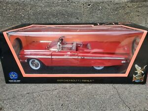 Road Signature 1959 Chevy Impala Convertible 1:18 Scale Diecast Model Car Red