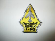 b5512 USAF US Air Force Republic Thunderchief F 105 Vietnam yellow & gray IR21B