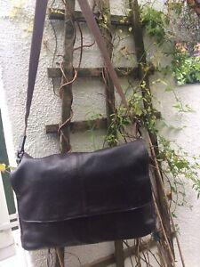 """Mens Large Leather""""Marks & Spencer"""" Brown Shoulder(Adjustable Webbing Strap) Bag"""